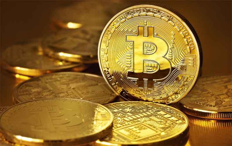 virus tông tiền Bitcoin hoặc thẻ game